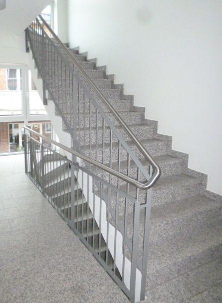 Treppengelander_Neubau_Norderstedt_Ohechaussee_5